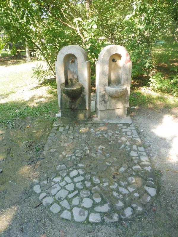 Parco delle Acque Minerali - fontanelle - Maurolattuga - Imola (BO)