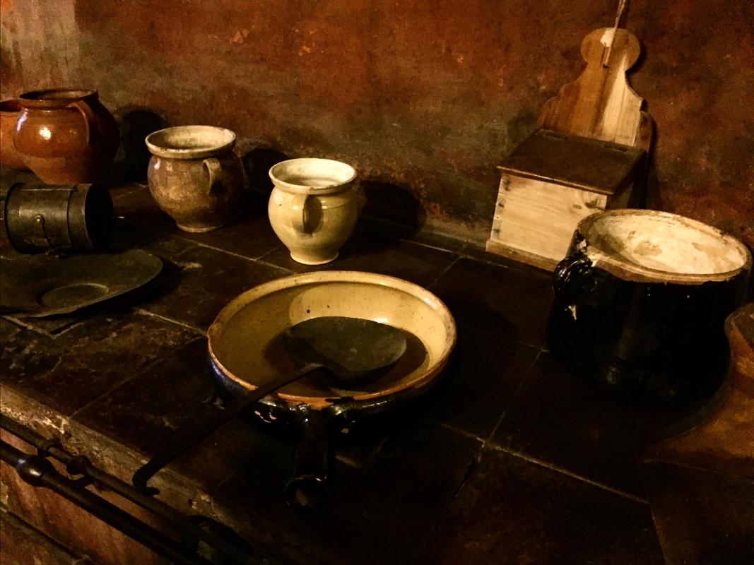 Imola - Rocca Sforzesca - cucina particolare stoviglie - Clo5919 - Imola (BO)