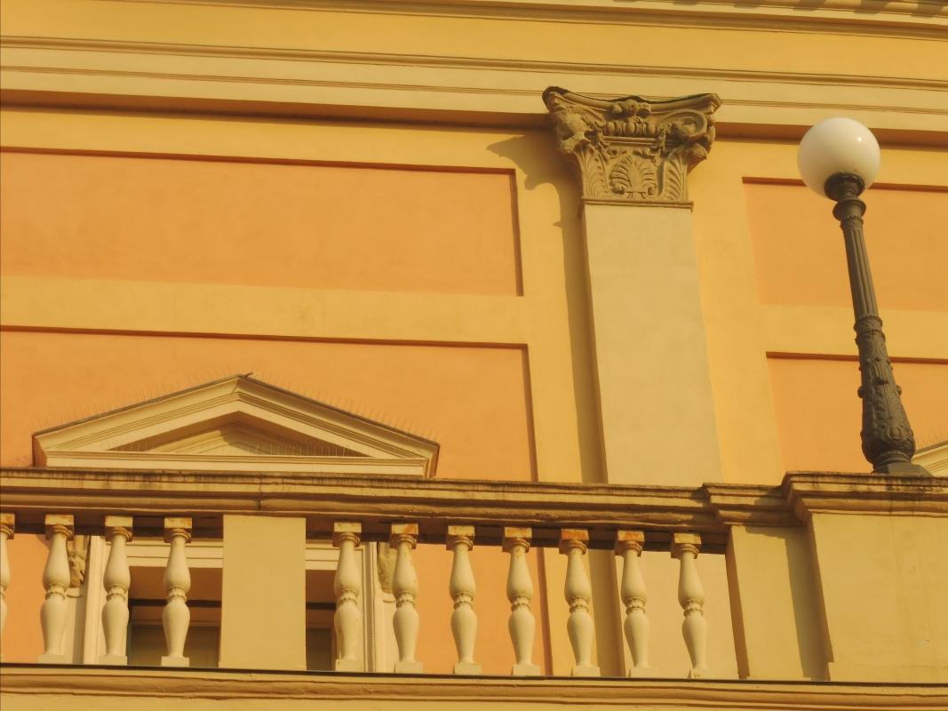 Teatro comunale Ebe Stignani - dettaglio terrazzo - MauroLattuga - Imola (BO)