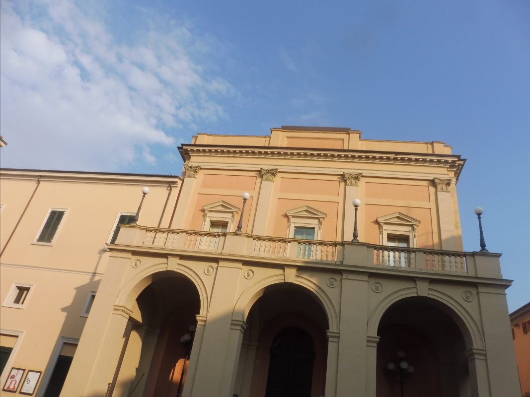 Teatro comunale Ebe Stignani - terrazzo - MauroLattuga - Imola (BO)