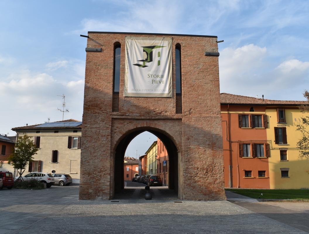 Porta Bologna, Pieve di Cento - Nicola Quirico - Pieve di Cento (BO)