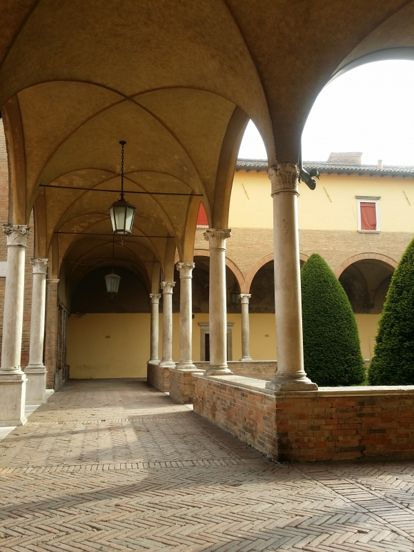 Camminamenti nel chiostro della Basilica di San Mercuriale - Chiari86 - Forlì (FC)