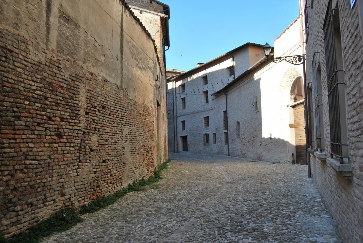 Sassi.. la particolarità di Via Sassi - Chiari86 - Forlì (FC)