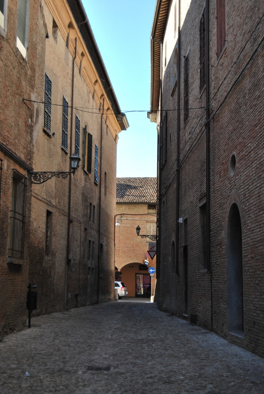 Porte e portoni, via sassi - Chiari86 - Forlì (FC)