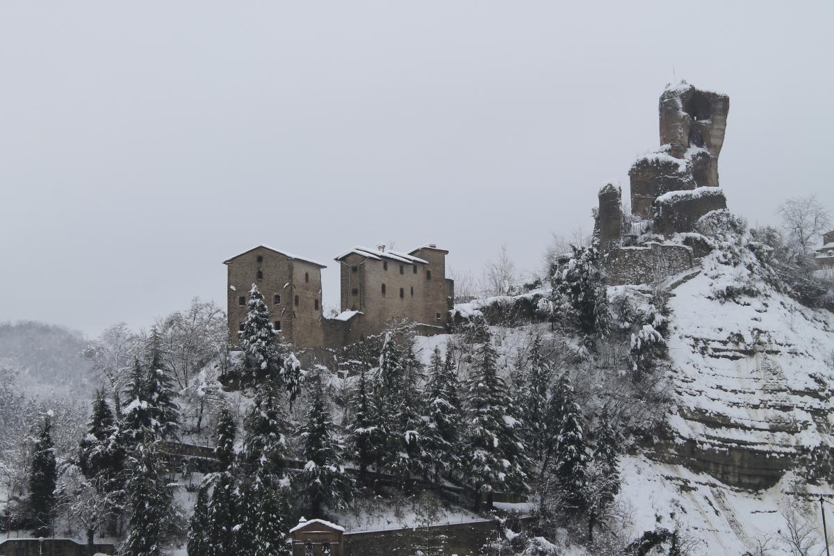 Rocca dei Conti Guidi sotto la neve - Patrizia Diamante - Modigliana (FC)