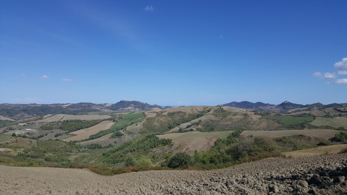 Panorama da lontano 01 - Marco Musmeci - Borghi (FC)