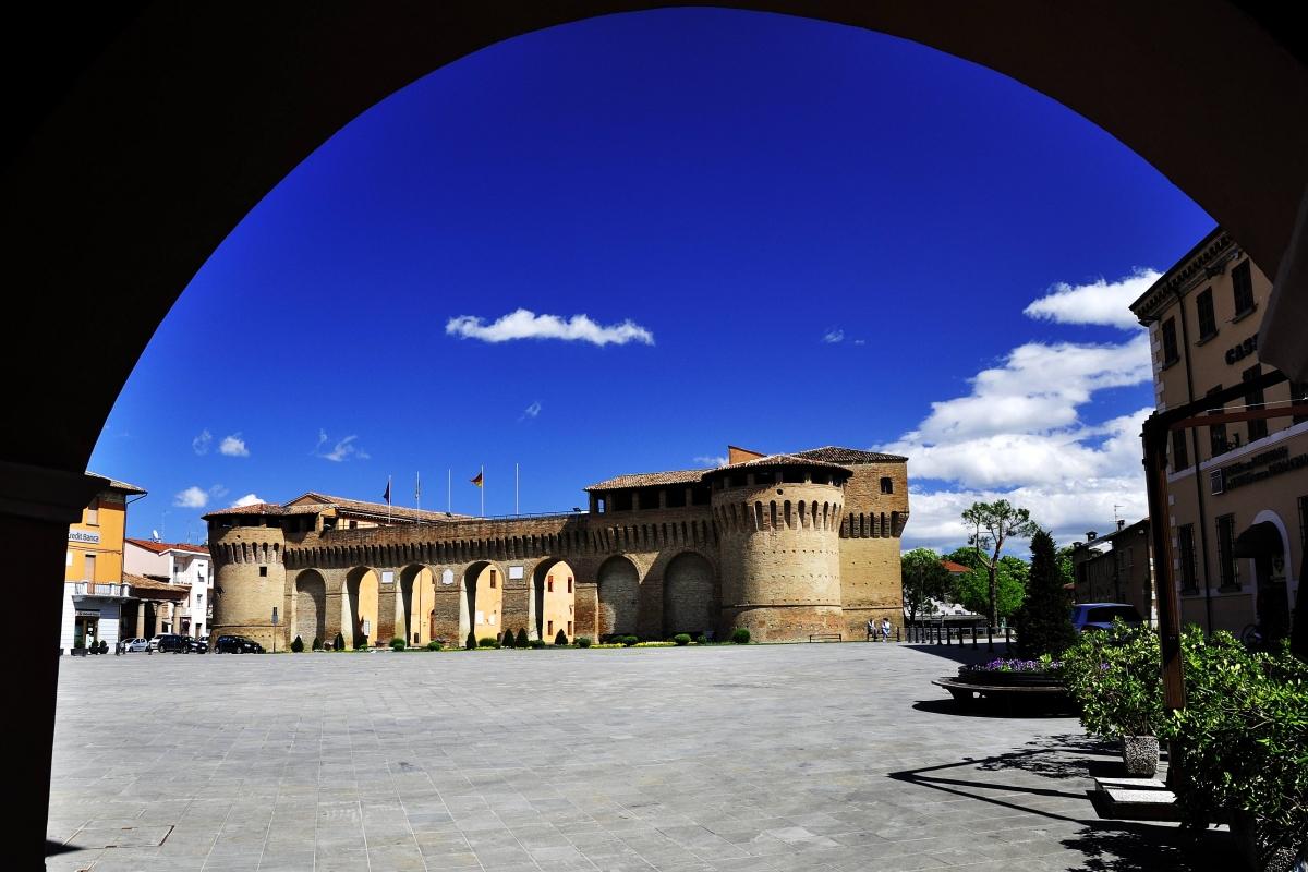 Rocca di Forlimpopoli in cornice - Masarot - Forlimpopoli (FC)