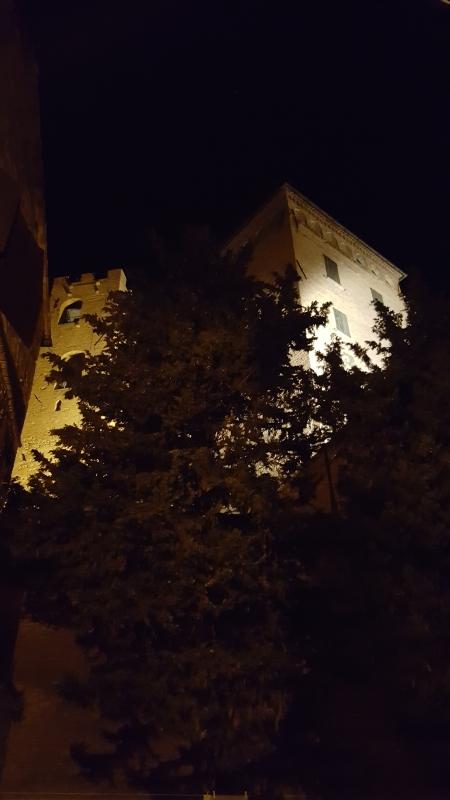 Nei dintorni, il Castello di notte 01 - Marco Musmeci - Longiano (FC)