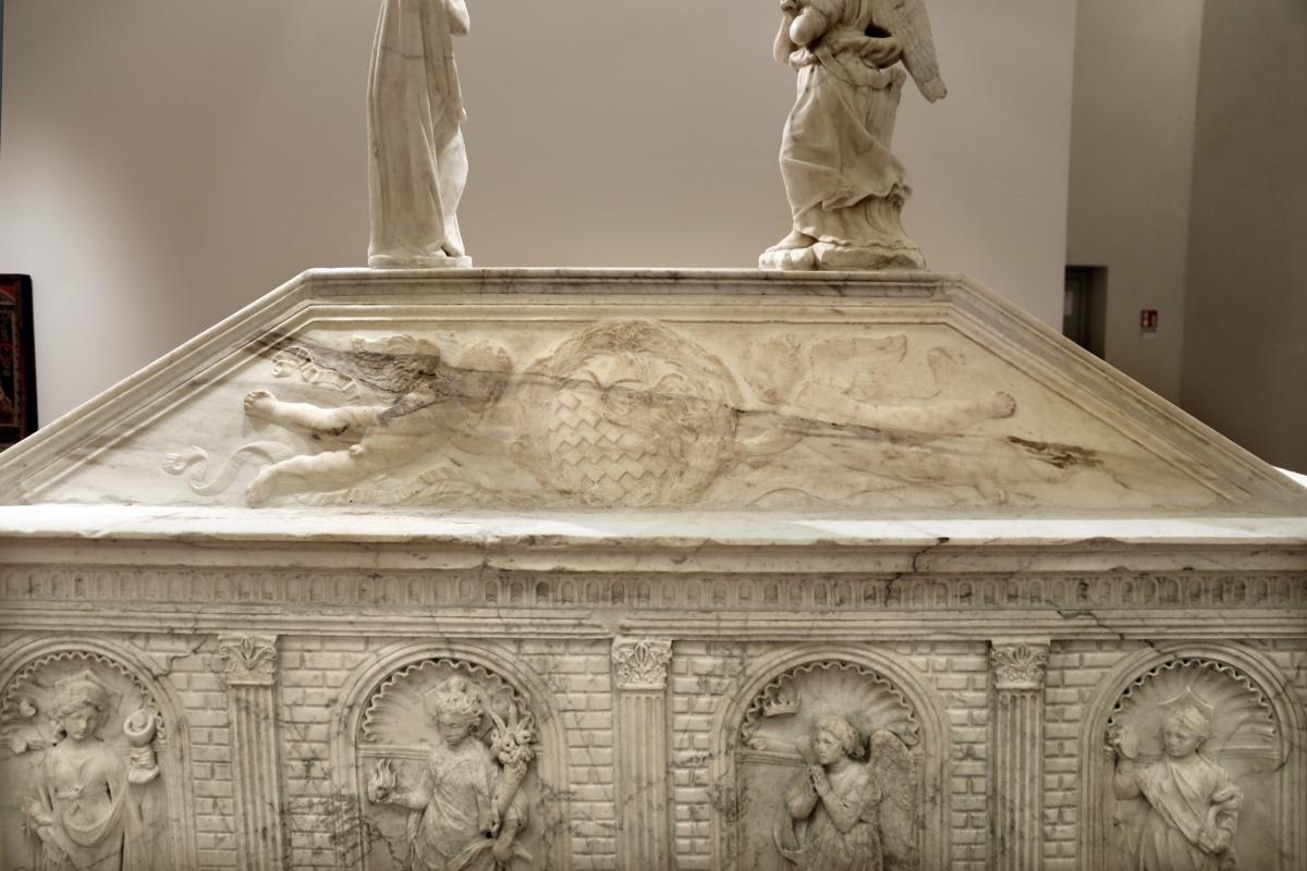 Antonio rossellino, sarcofago del beato marcolino amanni, 1458, da s. giacomo in s. domenico a forlì, 15 - Sailko - Forlì (FC)