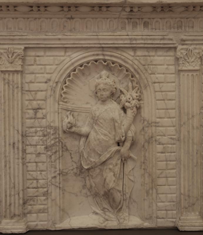 Antonio rossellino, sarcofago del beato marcolino amanni, 1458, da s. giacomo in s. domenico a forlì, virtù, carità 01 - Sailko - Forlì (FC)