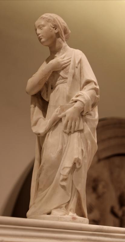 Antonio rossellino, sarcofago del beato marcolino amanni, 1458, da s. giacomo in s. domenico a forlì, 08 madonna - Sailko - Forlì (FC)