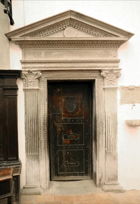 Pianetto (galeata), santa maria dei miracoli, interno, porta della sagrestia - Sailko - Galeata (FC)