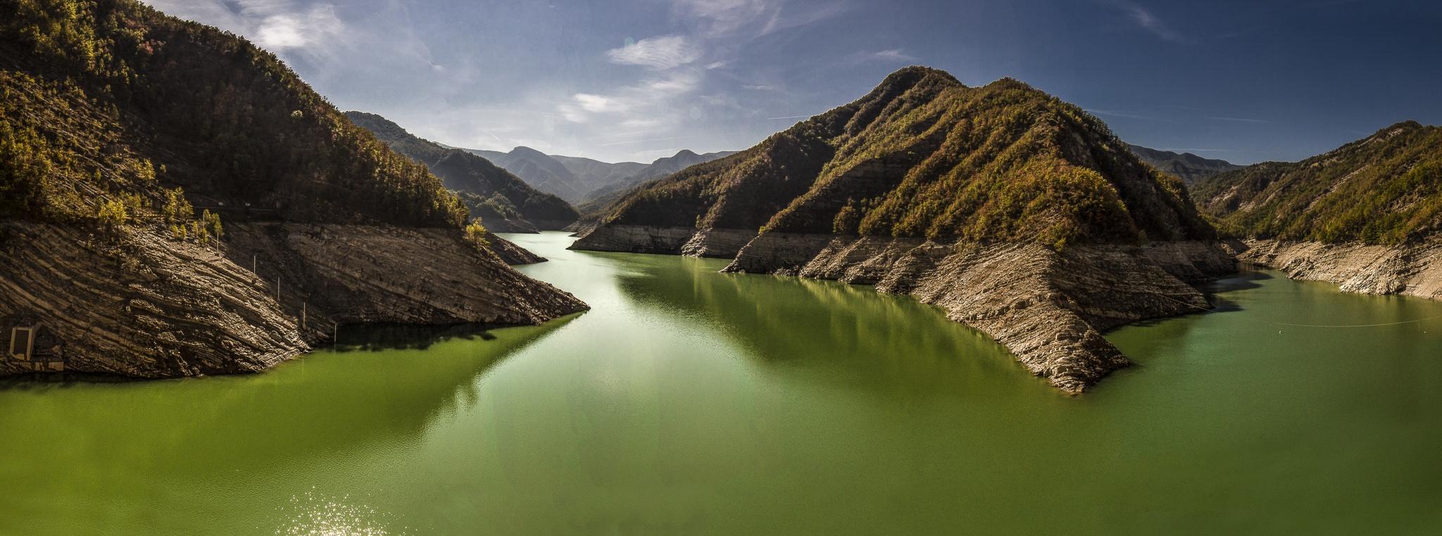 Una panoramica della diga - Angelo nastri nacchio - Santa Sofia (FC)