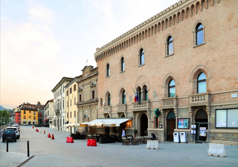 Santa sofia, palazzo comunale 03 - Sailko - Santa Sofia (FC)