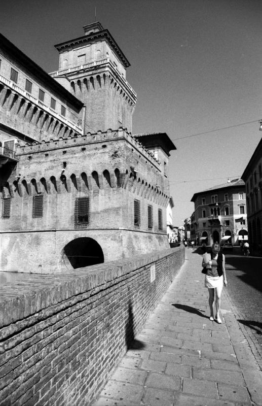 Ferrara - Castello Estense 01 - Emanuele Schembri - Ferrara (FE)