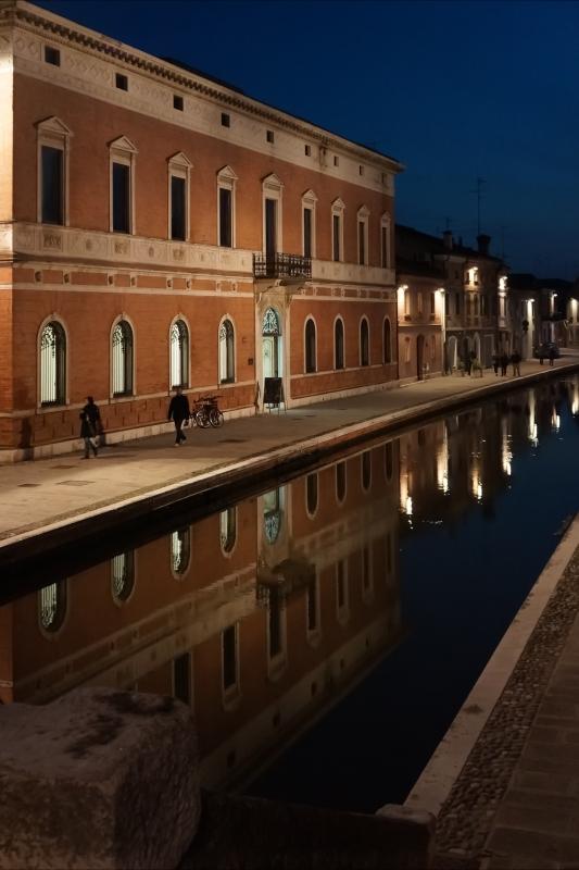 Palazzo Bellini - Notturno - Vanni Lazzari - Comacchio (FE)