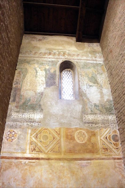 Scuola riminese, affreschi geometrici con bustini di santi, 1350-1400 ca. , affioramenti dell'XI secolo 02 - Sailko - Codigoro (FE)