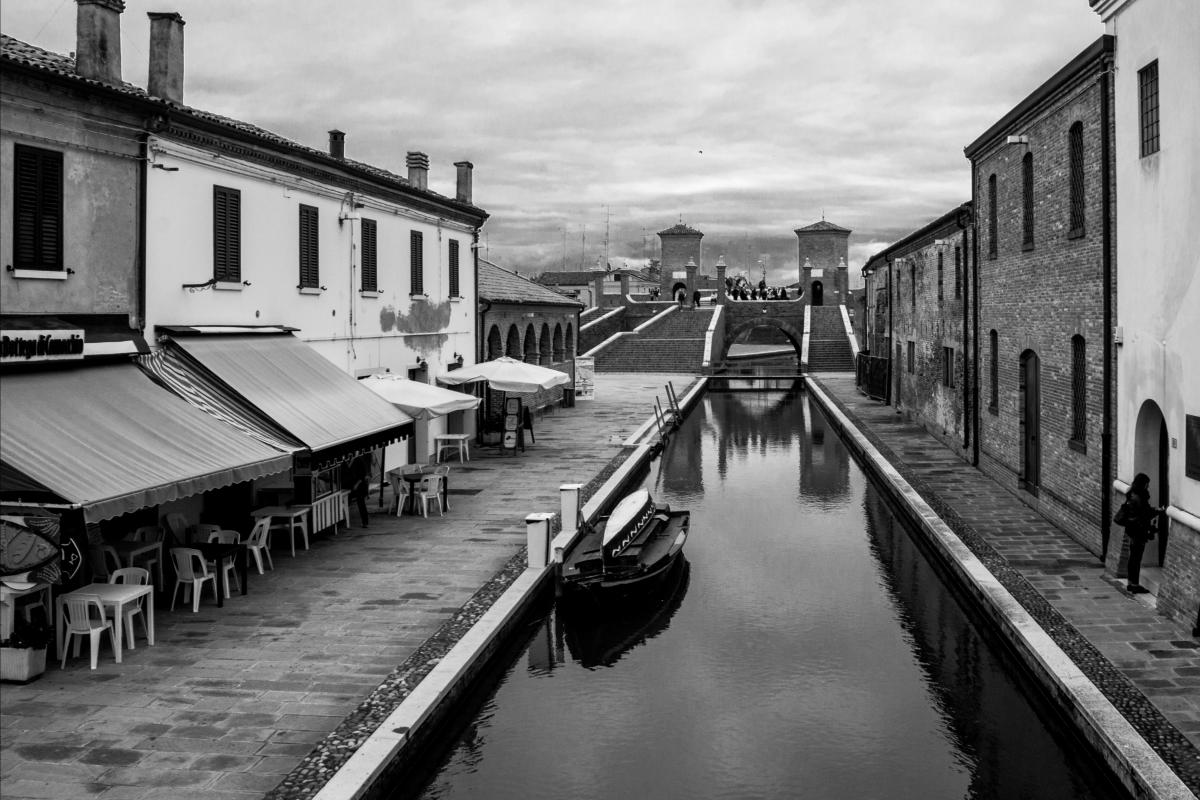 Verso i Trepponti - Paola Pedone - Comacchio (FE)