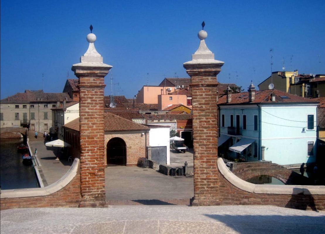 Ponte dei Trepponti a Comacchio 03 - Sandra Grampa - Comacchio (FE)