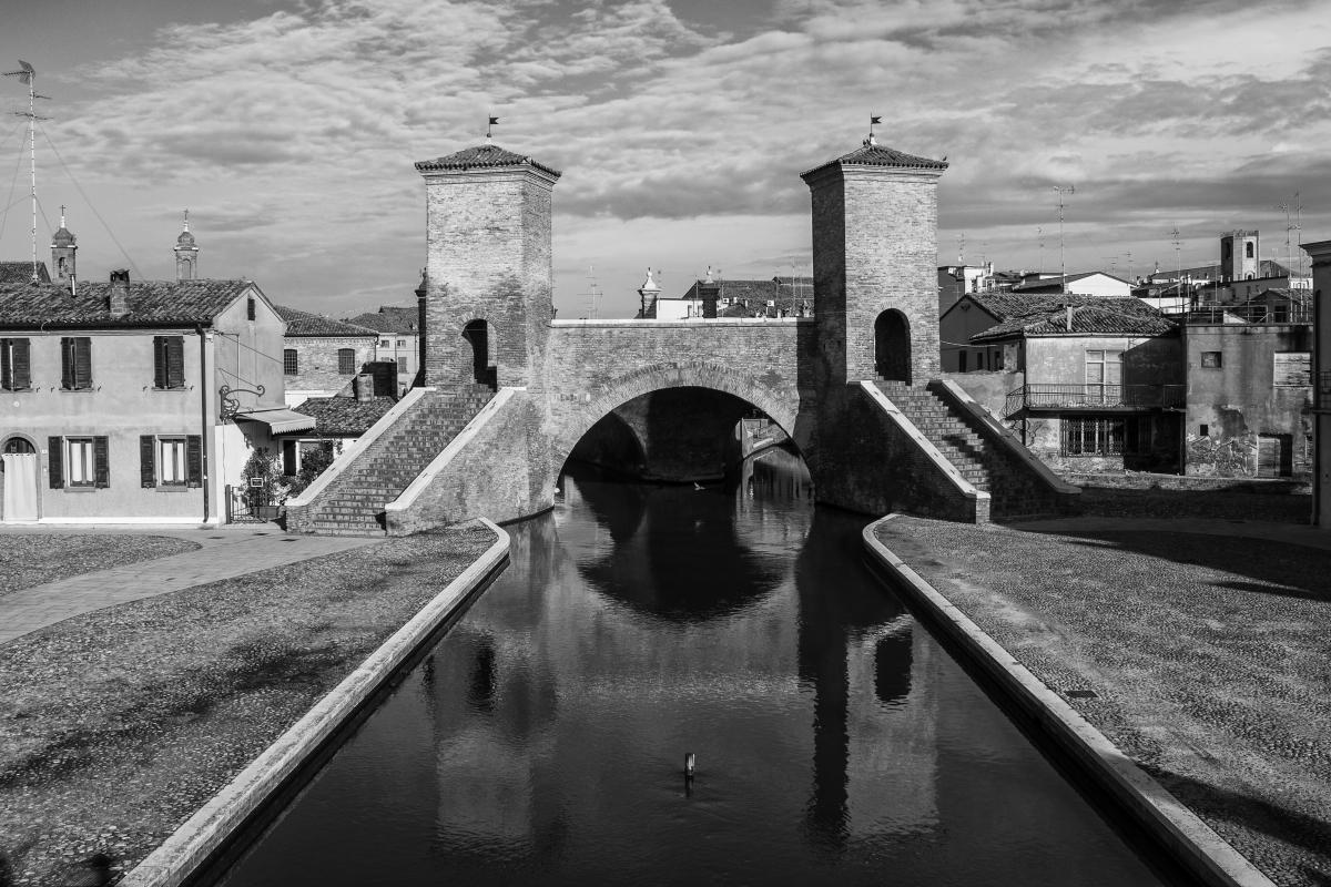 Ponte dei Trepponti a Comacchio - Patrizia Zontini - Comacchio (FE)