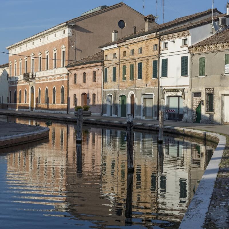 Palazzo Bellini - Riflessi - Vanni Lazzari - Comacchio (FE)