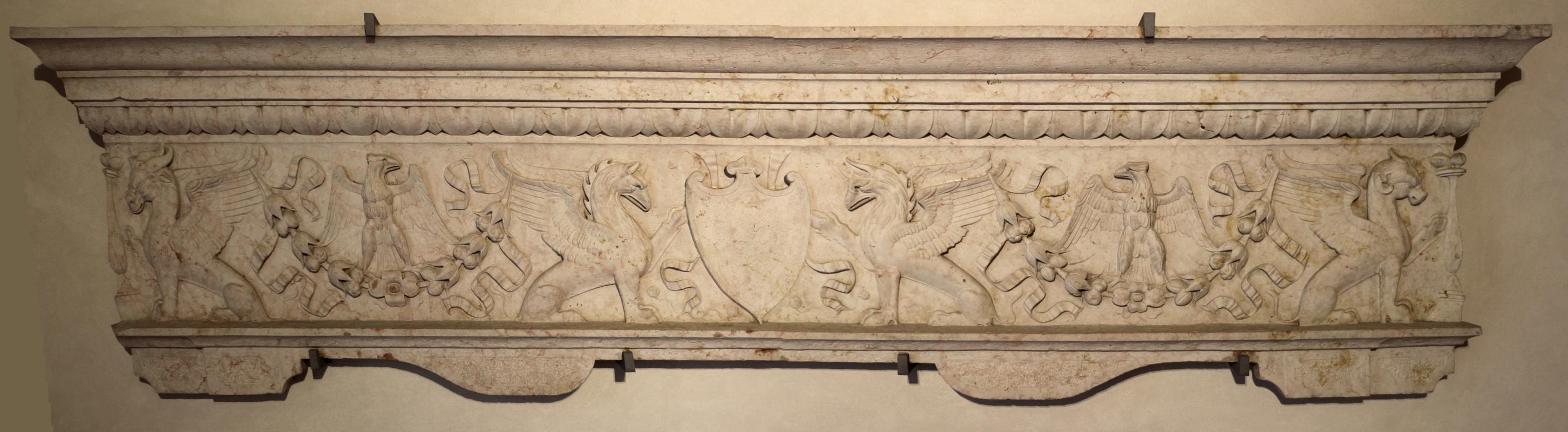 Frontale di camino con stemma abraso, ferrara, 1480-1510 ca - Sailko - Ferrara (FE)