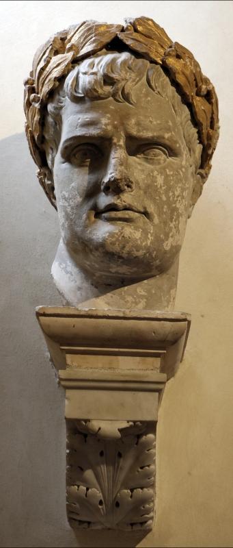 Giacomo de maria, frammenti della statua colossale di napoleone I, da piazza ariostea, 1810, 01 - Sailko - Ferrara (FE)