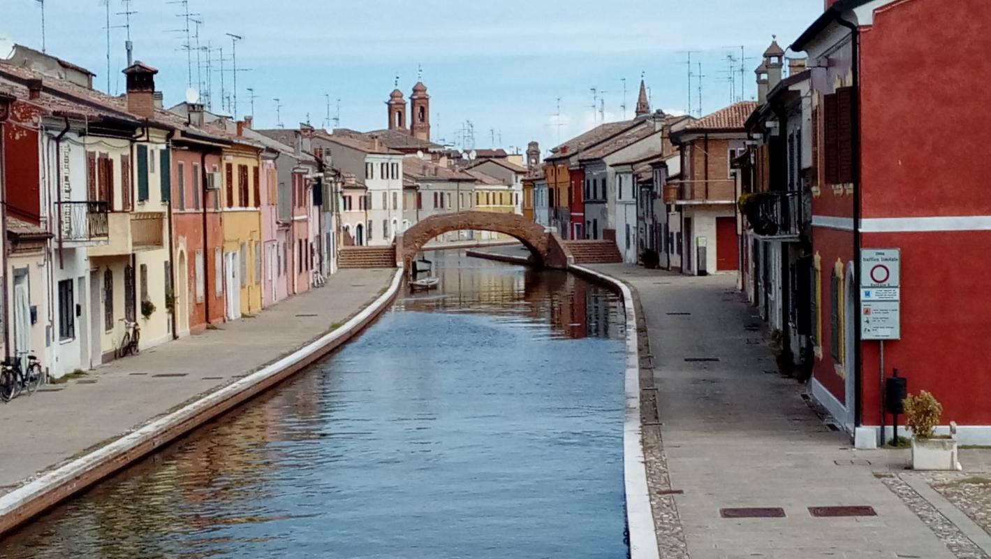 Cartolina di Comacchio - LILIANA VENEZIA - Comacchio (FE)