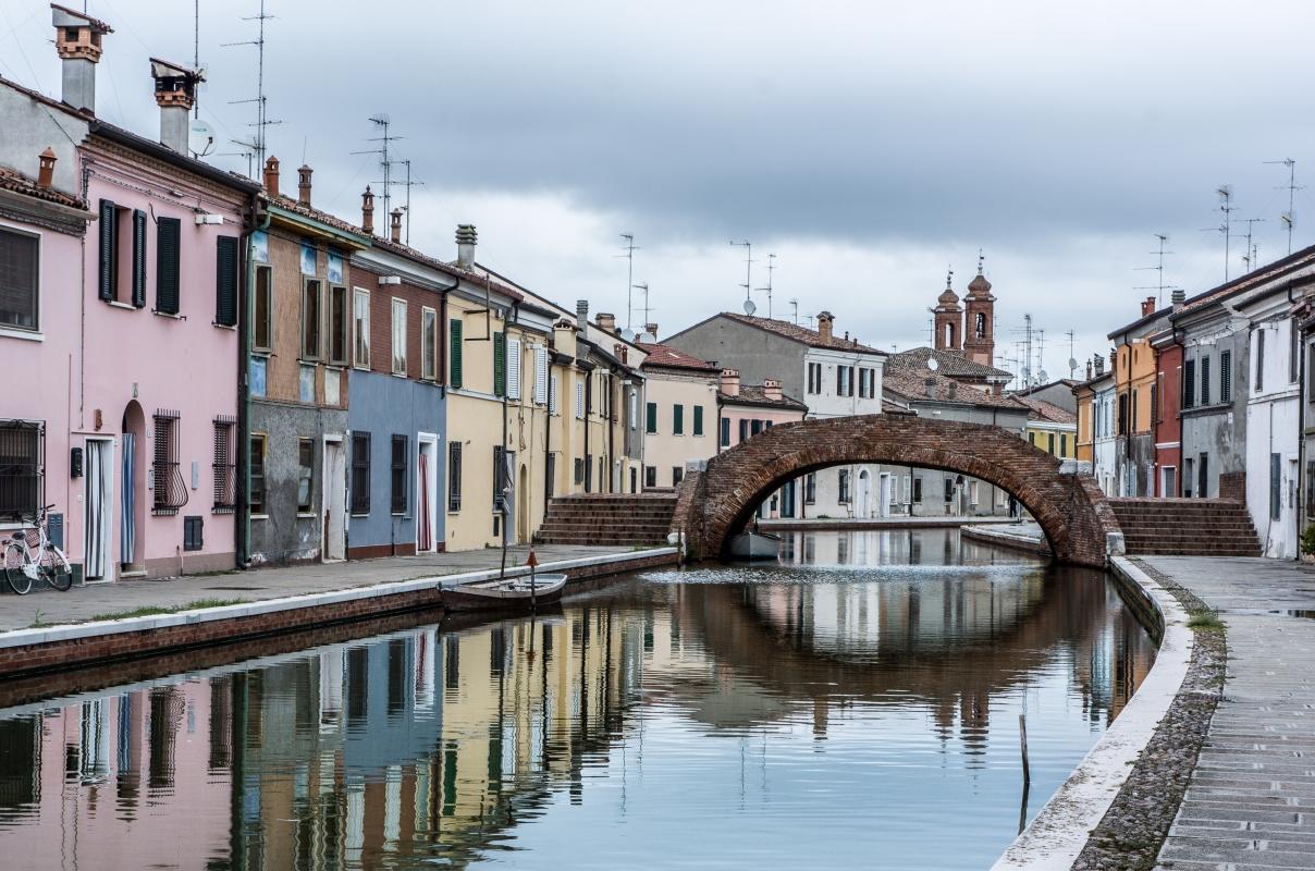 Comacchio - Ponte San Pietro - - Vanni Lazzari - Comacchio (FE)