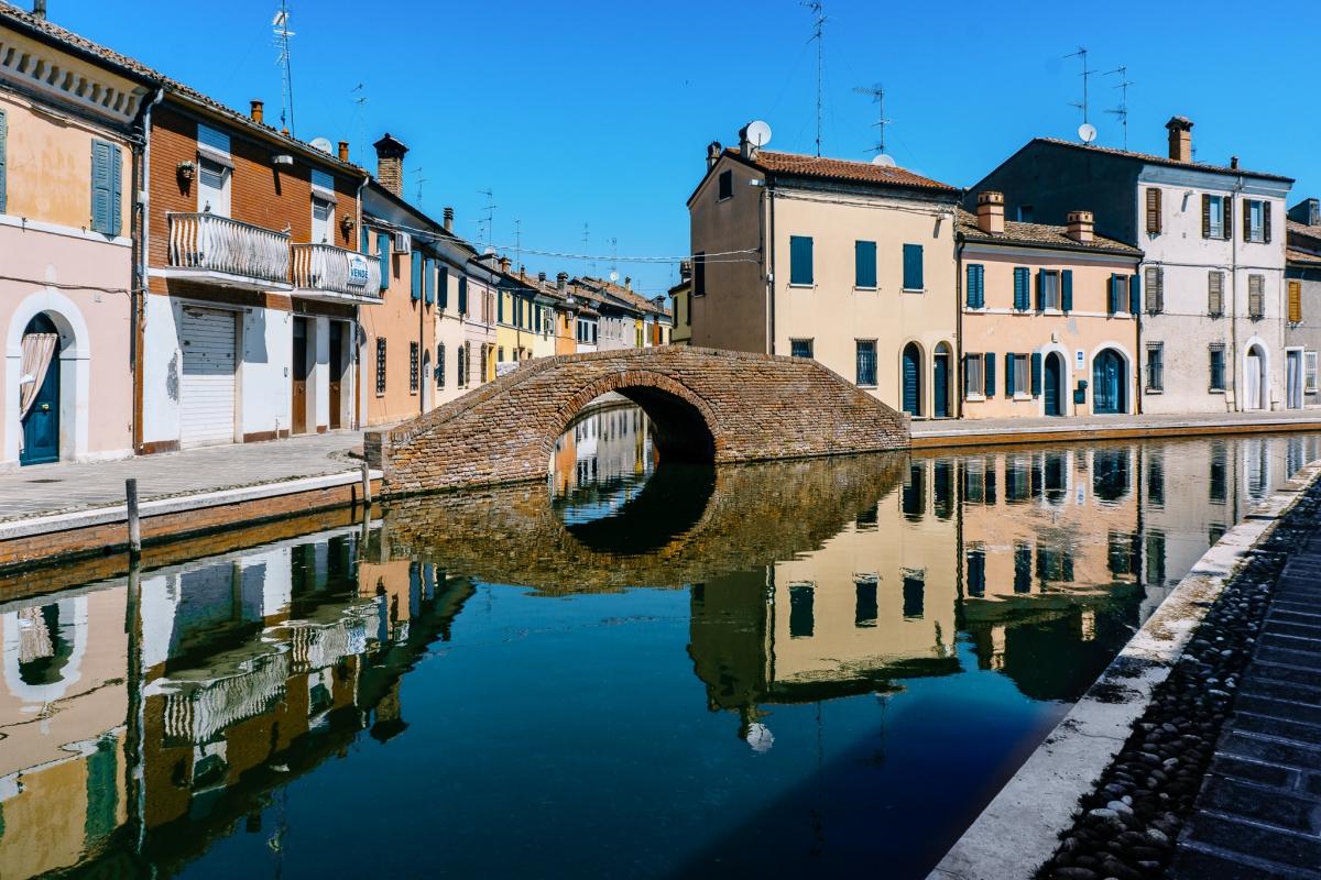 Comacchio allo specchio - Ponte dei Sisti - Vanni Lazzari - Comacchio (FE)