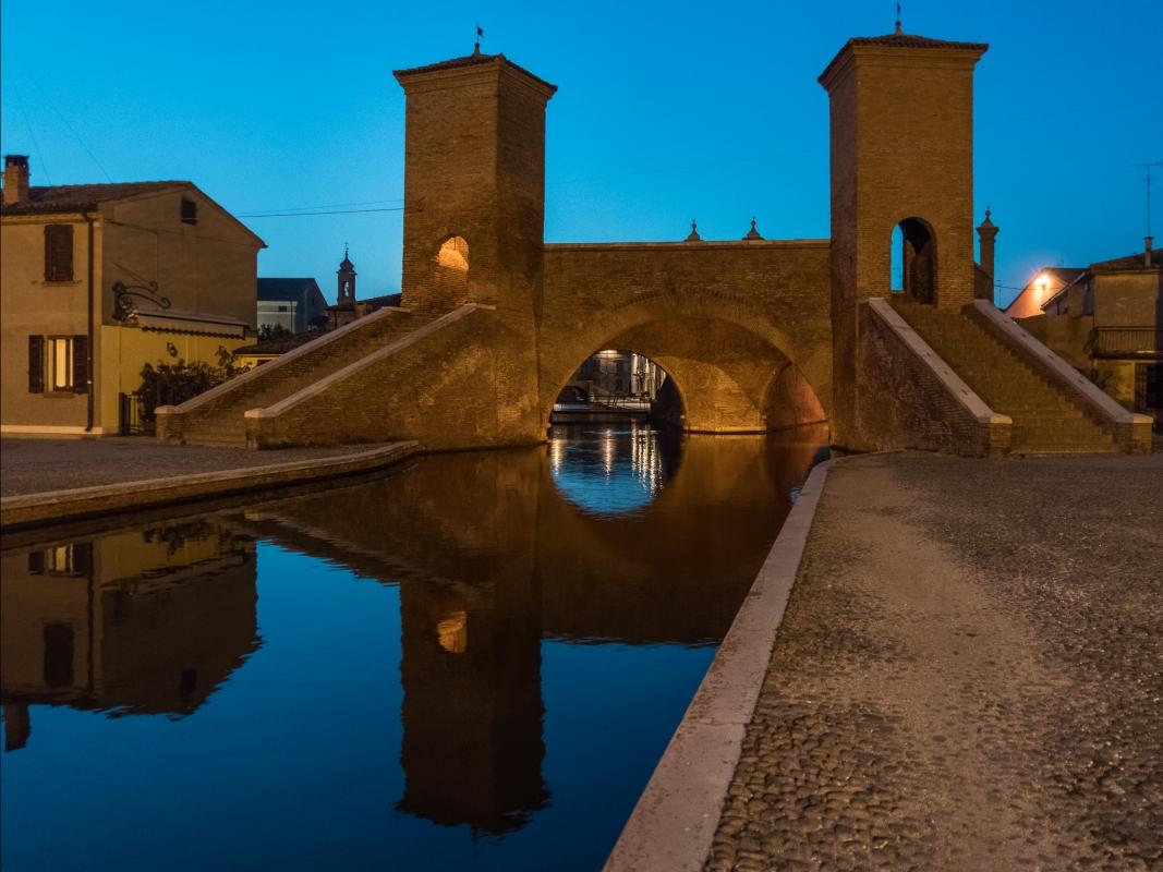 Riflessi sotto Trepponti - Vanni Lazzari - Comacchio (FE)