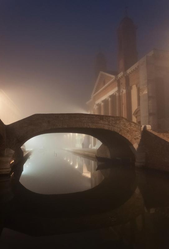 Luci nella nebbia - Vanni Lazzari - Comacchio (FE)