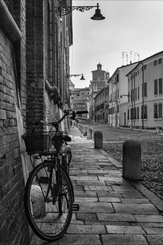 Ferrara Città delle biciclette - Nbisi - Ferrara (FE)