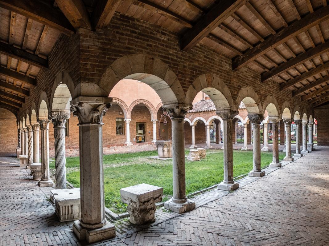 Chiostro di San Romano - Museo della Cattedrale - Ferrara - - Vanni Lazzari - Ferrara (FE)