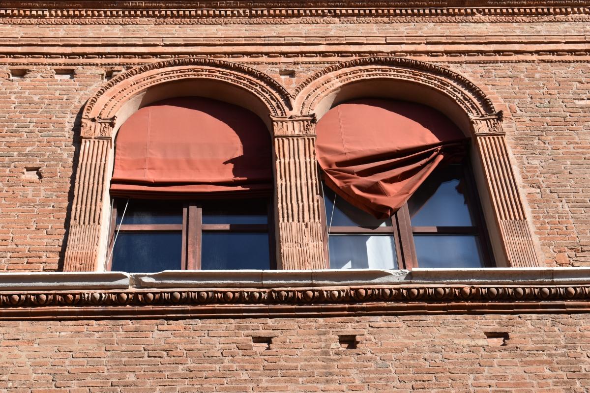 Palazzo Costabili (Ferrara) - Finestre - Nicola Quirico - Ferrara (FE)
