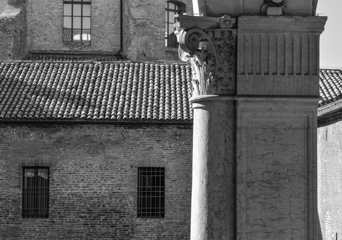 Palazzo Costabili (Ferrara) - Capitelli 00 B&N - Nicola Quirico - Ferrara (FE)