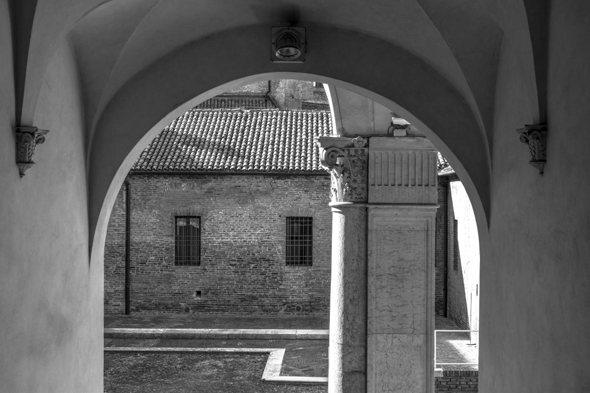 Palazzo Costabili (Ferrara) - B&N - Nicola Quirico - Ferrara (FE)