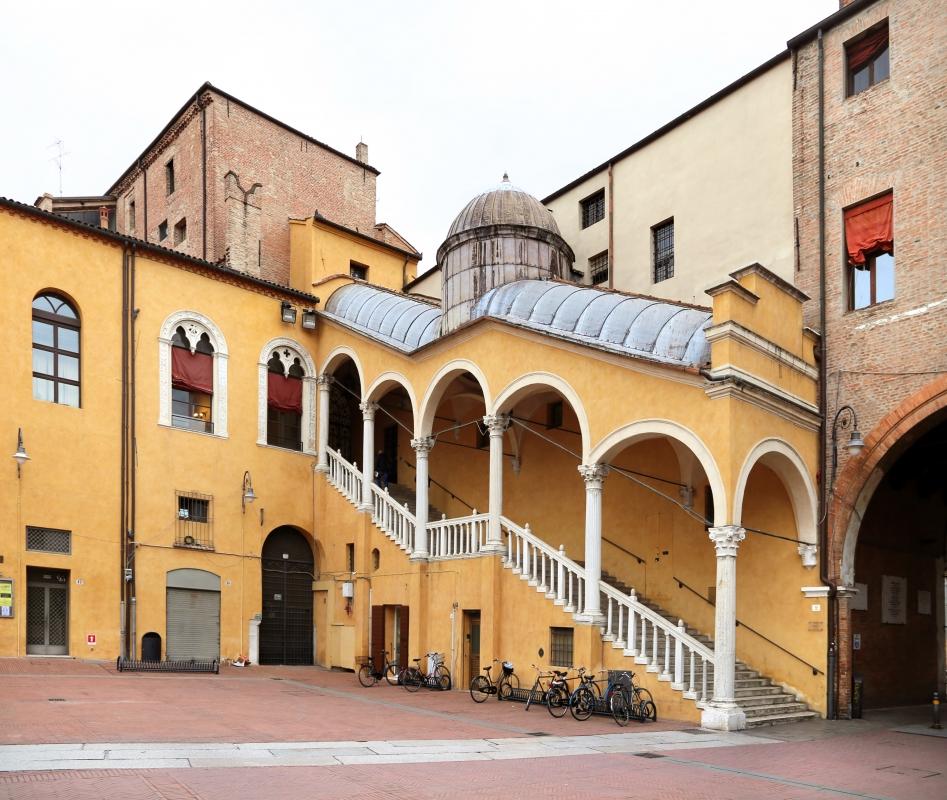 Ferrara, palazzo comunale, scala dell'ex-cortile ducale, di pietro benvenuti degli ordini (1481) - Sailko - Ferrara (FE)