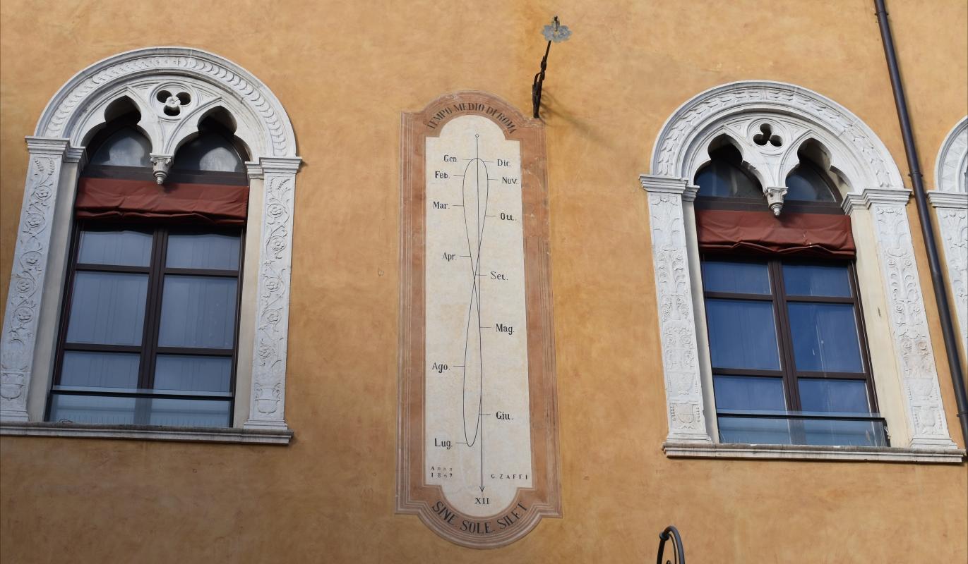 Piazza Municipio (Ferrara) - Meridiana 01 - Nicola Quirico - Ferrara (FE)