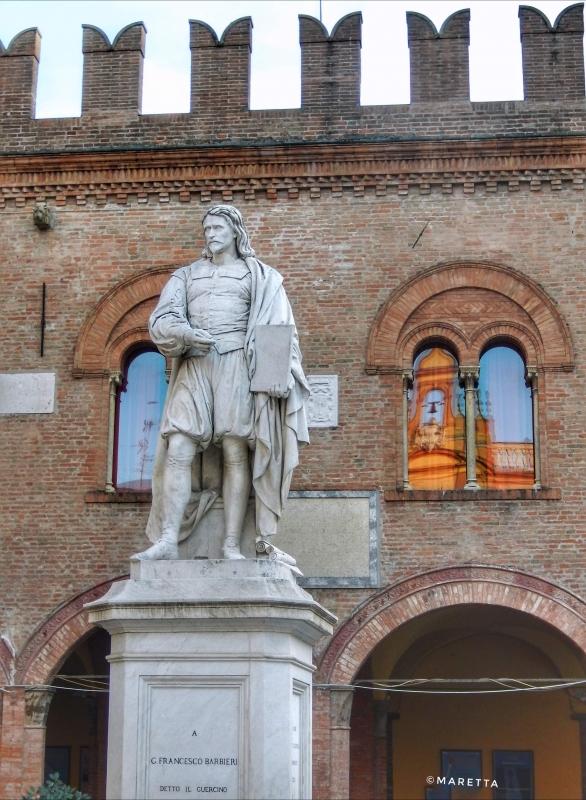 Cento... La statua del Guercino - Maraangelini - Cento (FE)