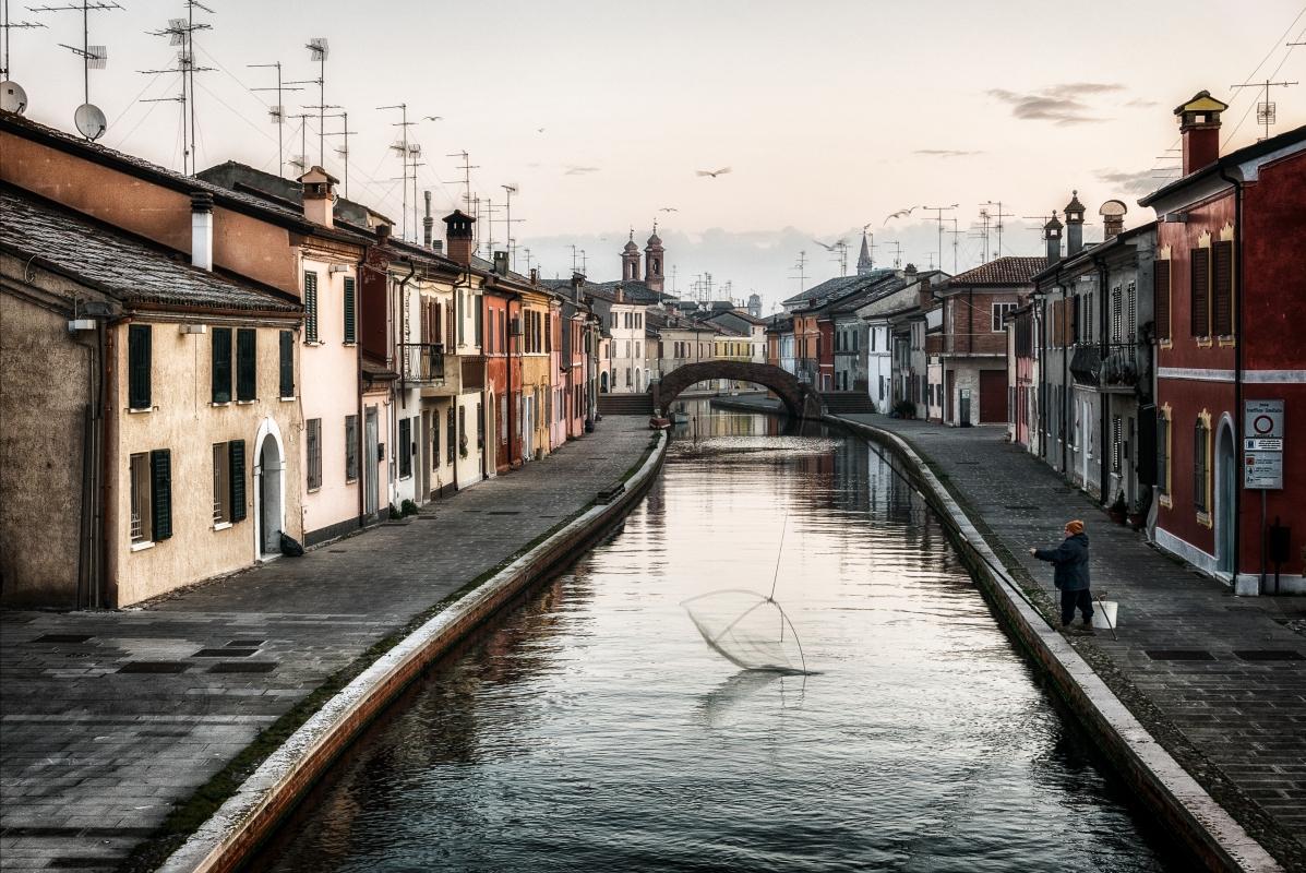L'alba sulla città - Francesco-1978 - Comacchio (FE)