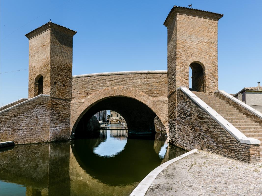 Trepponti -- Comacchio -- - Vanni Lazzari - Comacchio (FE)