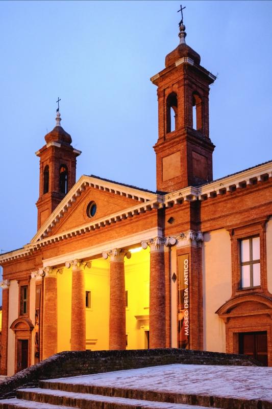 L'ora blù sul museo - Francesco-1978 - Comacchio (FE)