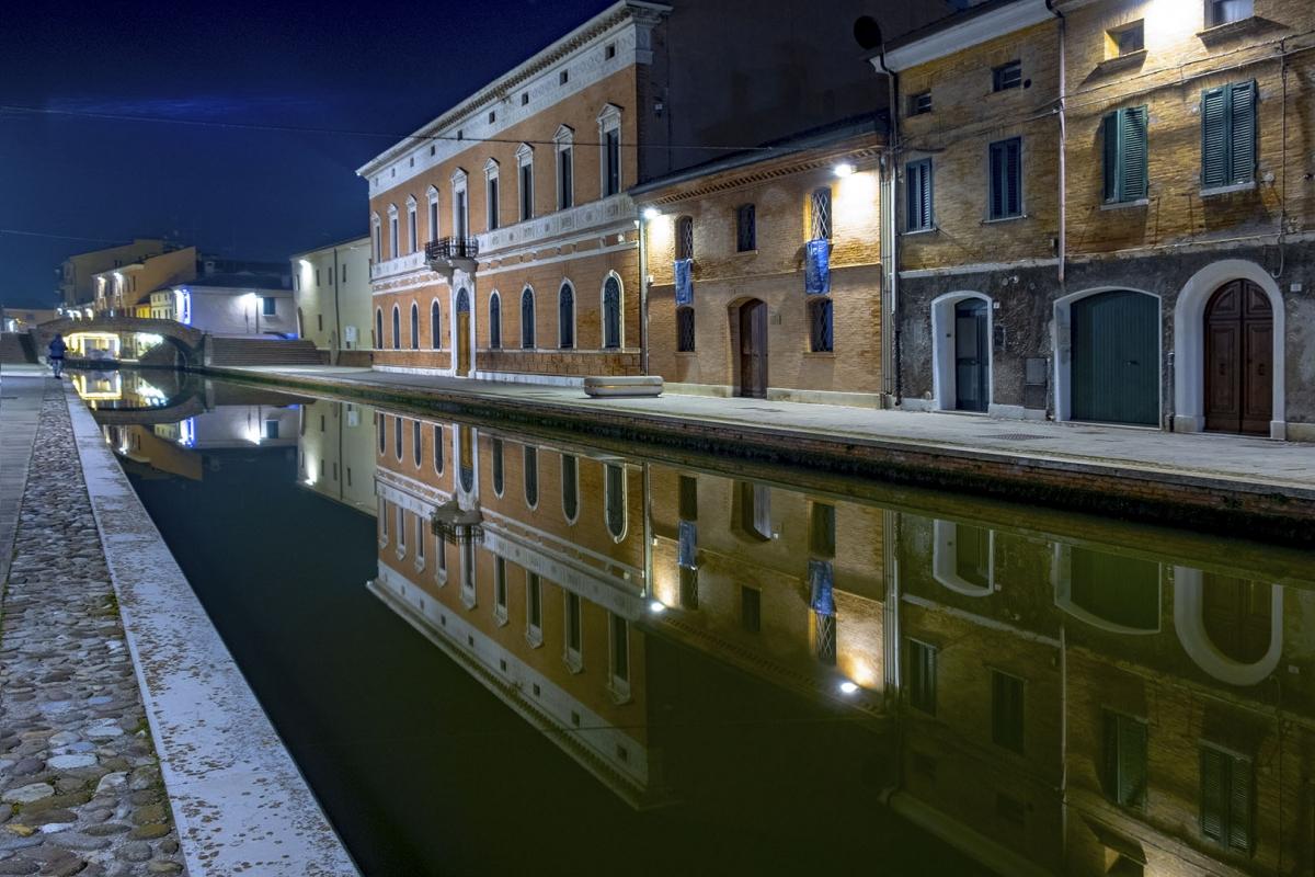 Palazzo bellini comacchio - TIEGHI MAURIZIO - Comacchio (FE)