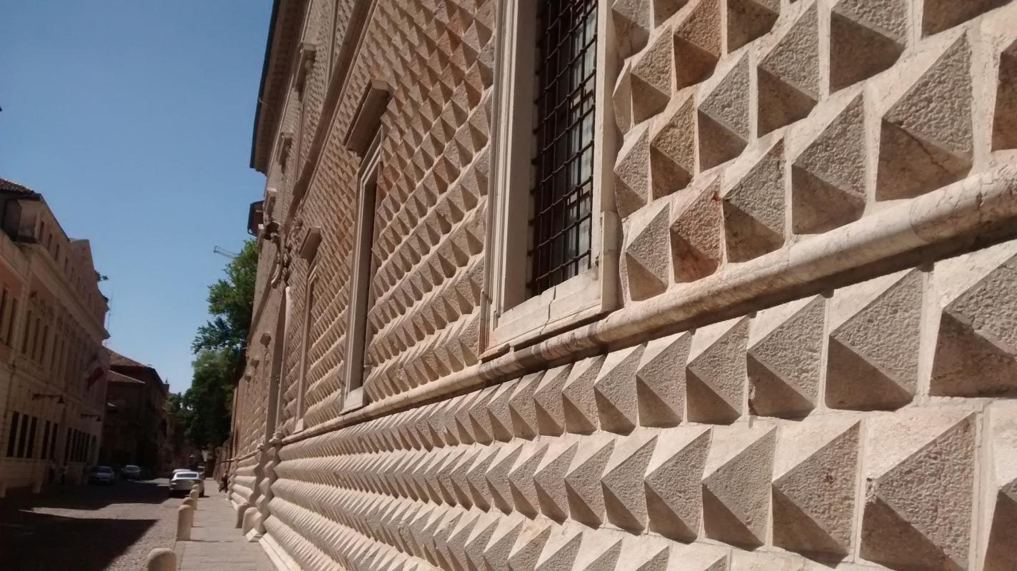 Dettaglio punta di diamante - Marmarygra - Ferrara (FE)
