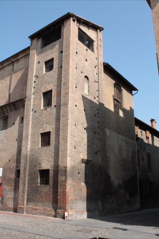 Pomposa rear - Luce&nebbia - Modena (MO)