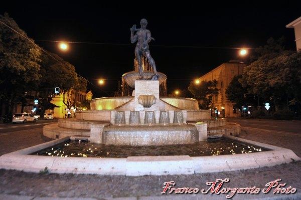 La fontana dei due fiumi - Franco Morgante - Modena (MO)