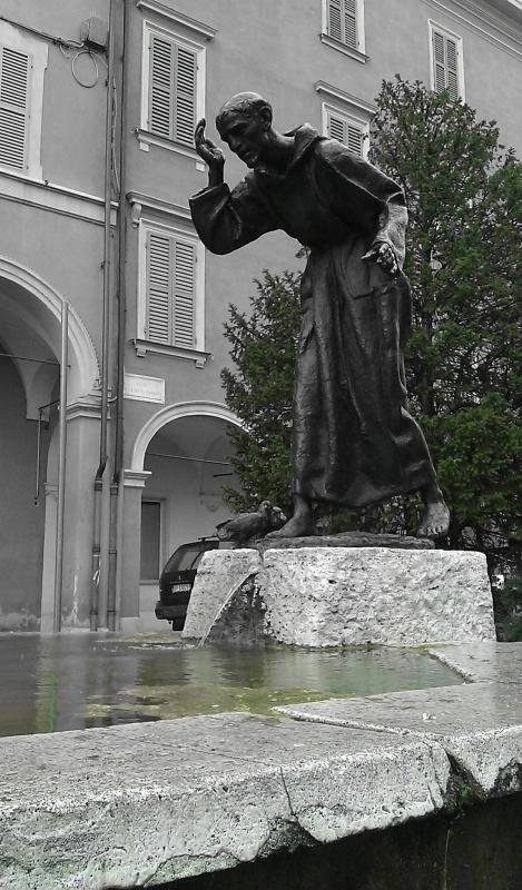 Piazzale San Francesco, San Francesco front - Francesca Ferrari - Modena (MO)