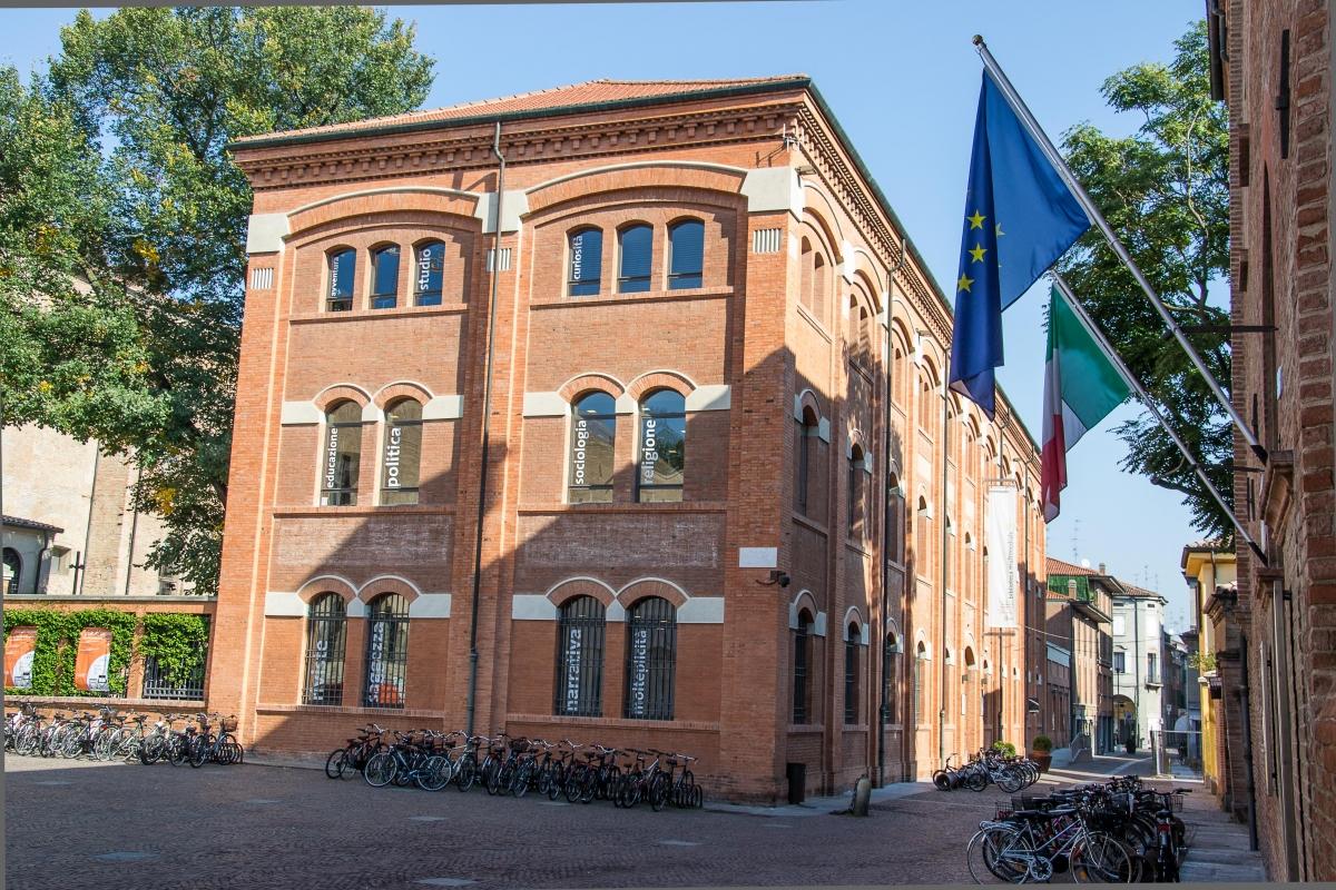 Biblioteca multimediale - Lorenzo Breviglieri - Carpi (MO)