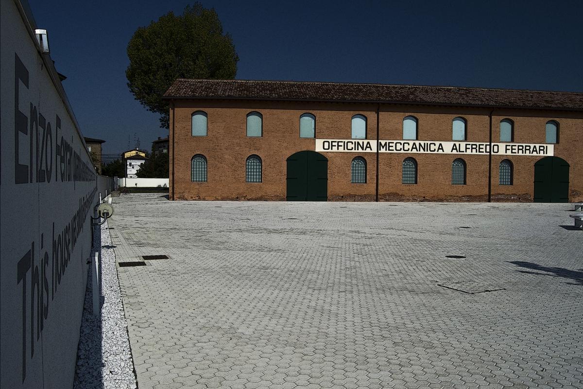 Museo Casa Enzo Ferrari 3 - Maria Lucia Lusetti Paolo Tedeschi - Modena (MO)